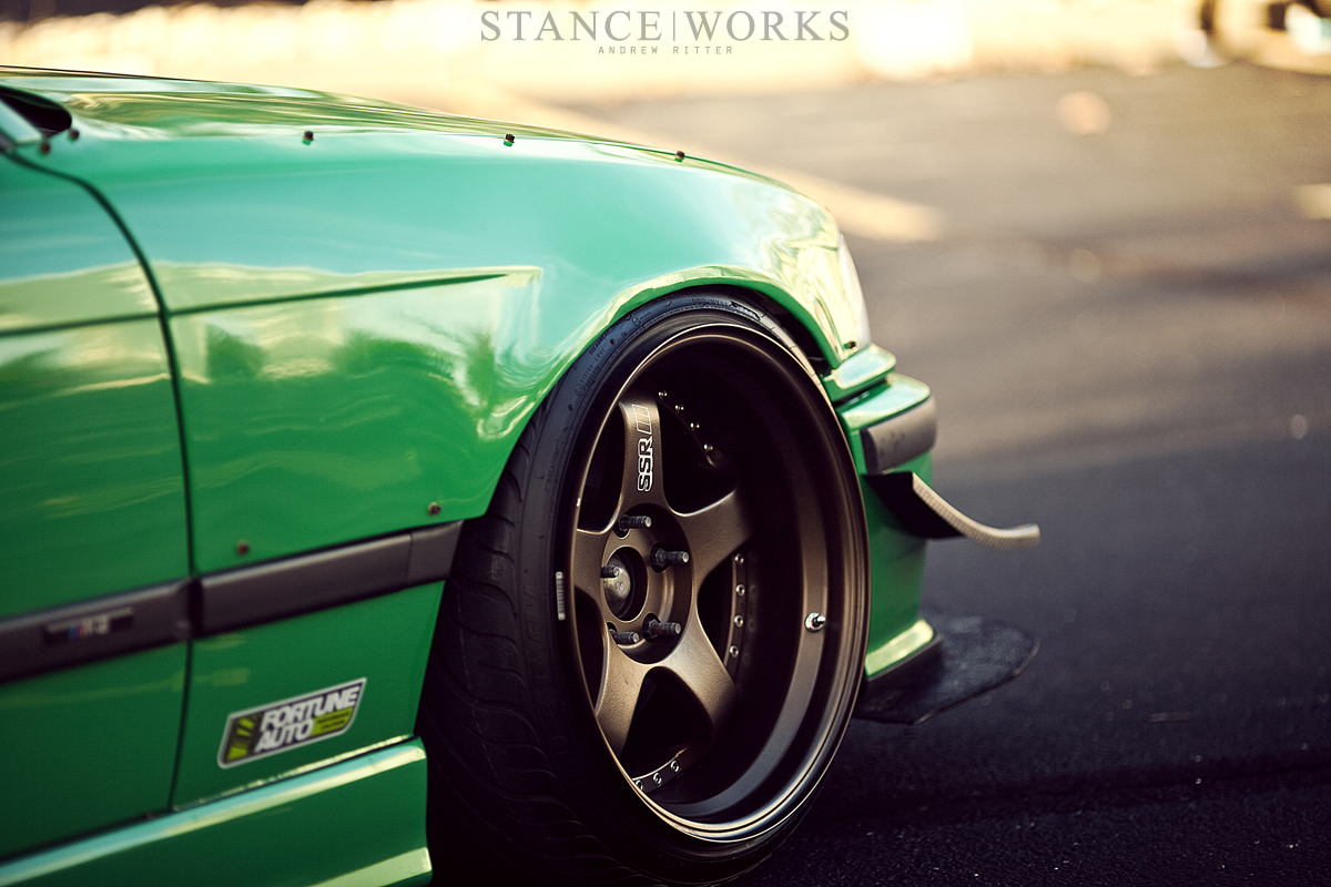 ssr-wheels-felony-form-fenders-broadway-static-e36